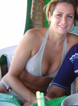 Helianne adult dating in Larkspur